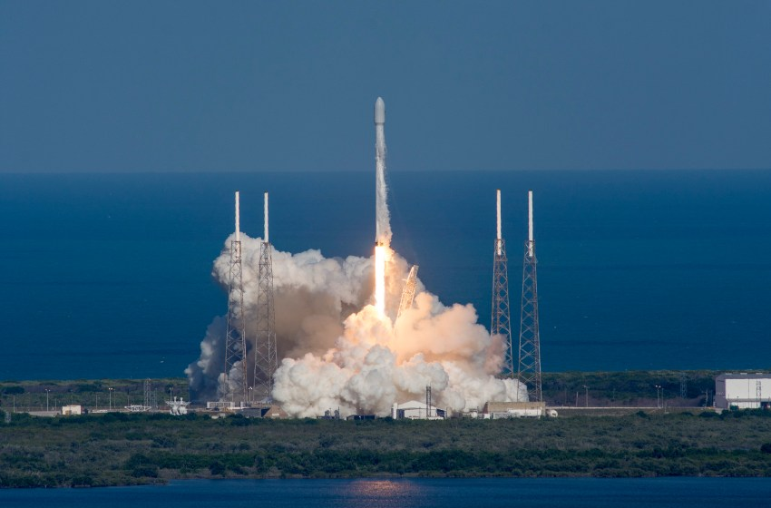 THAICOM 8 launched in Cape Canaveral