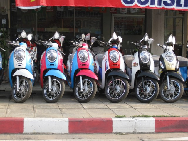 Bangkok: Nabbed gang members admit to stealing 75 motorcycles