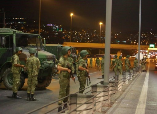 Turkey military coup, Bosphorus bridge