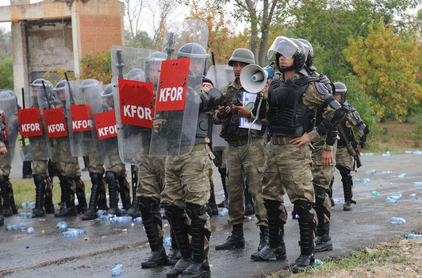 Turkey Detains 12 at Human Rights Meeting