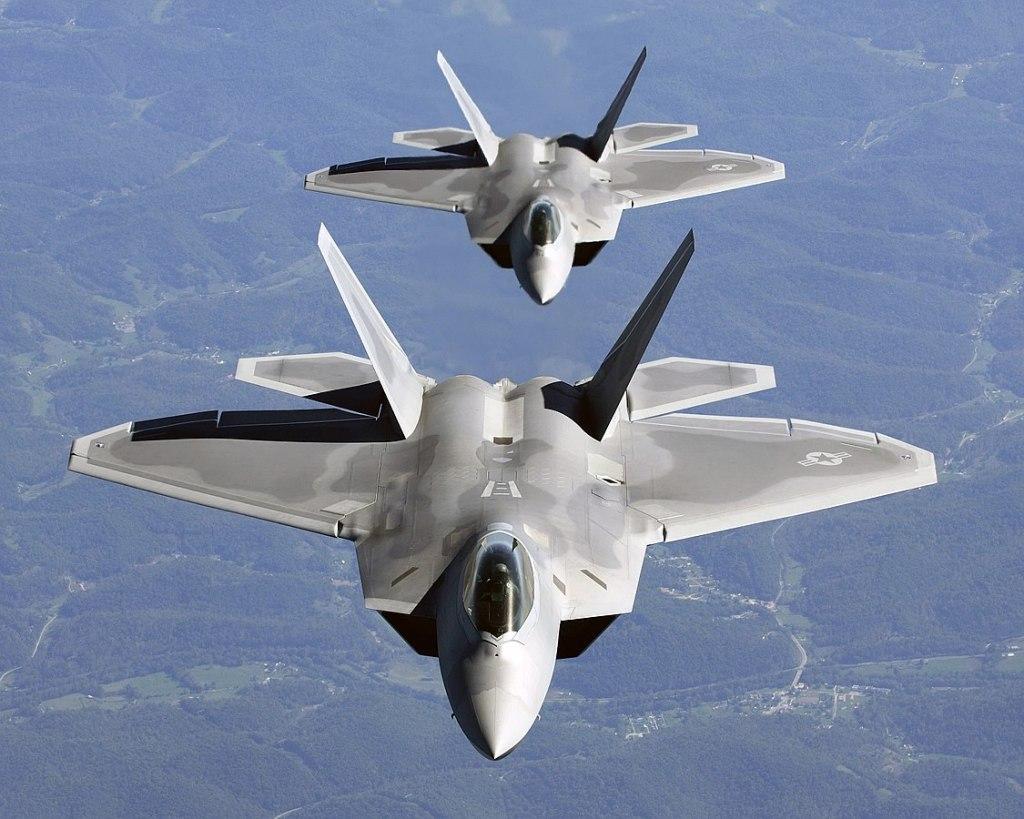 Two USAF F-22A Raptor