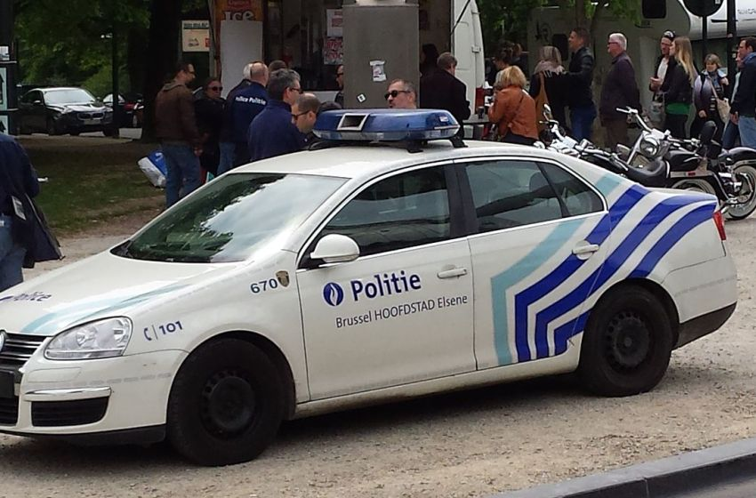 Three injured in shooting and knife attack north of Brussels