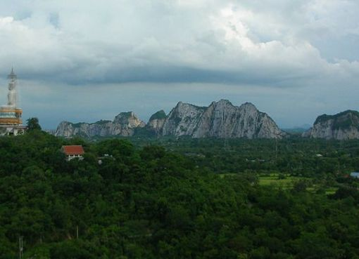 Wat Nong Hoi in Ratchaburi