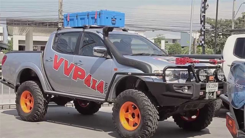 5 pickup trucks seized for suspected car racing