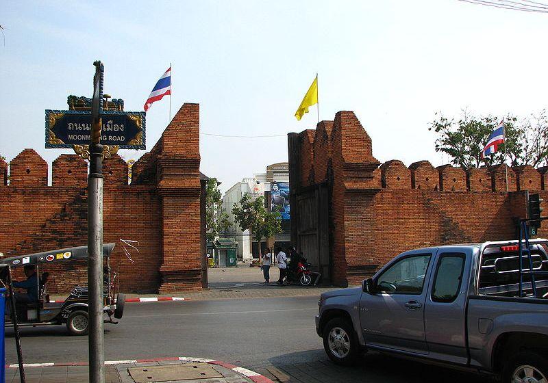 Chiangmai Thaphae Gate