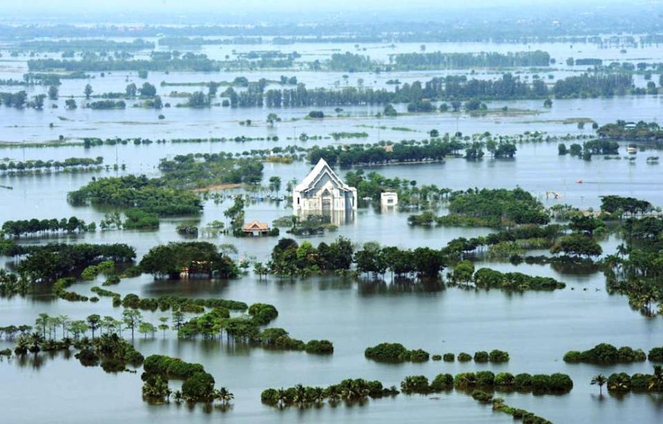The Chao Phraya river flooding large area near Bangkok
