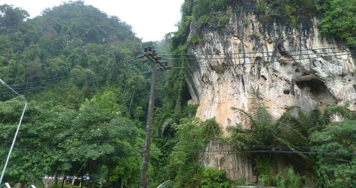 Ukrainian Couple Lost in Krabi Jungle Rescued