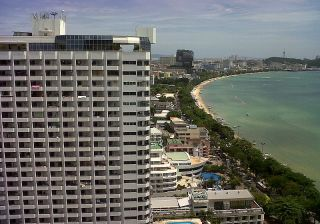 Wong Amat beach, Pattaya with city skyline