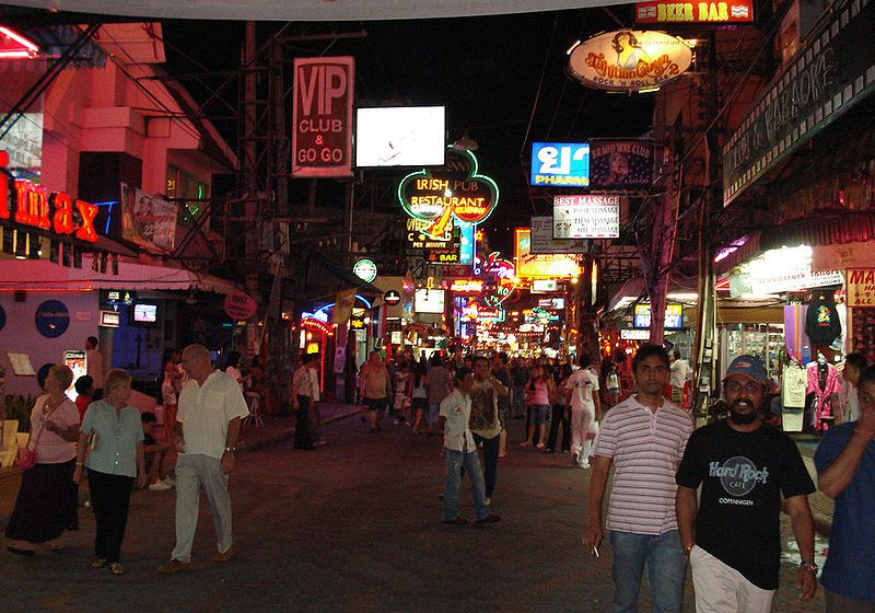 French Tourist Brutally Beaten by Pattaya Motorbike Taxi Drivers
