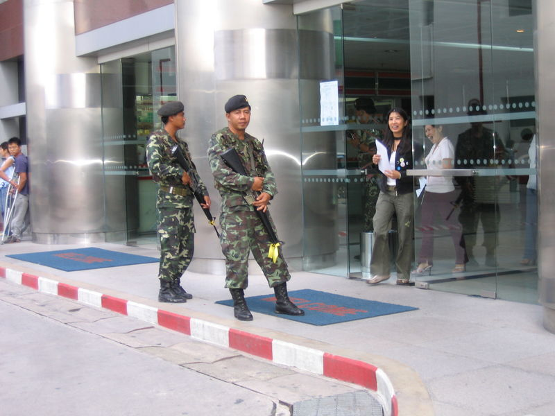 Royal Thai Army soldiers armed with M-16 rifles