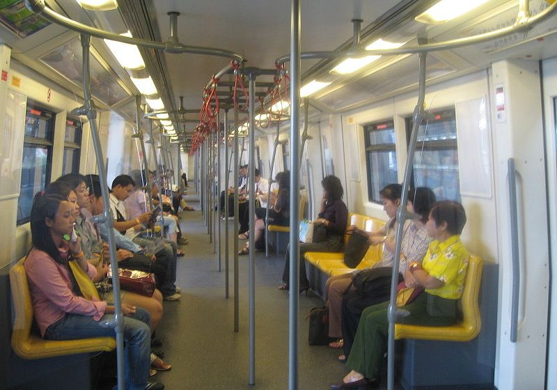 MRT seat-stripping gambit draws fans, haters