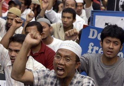 No al-Qaeda, jihadis in our South: Thailand govt