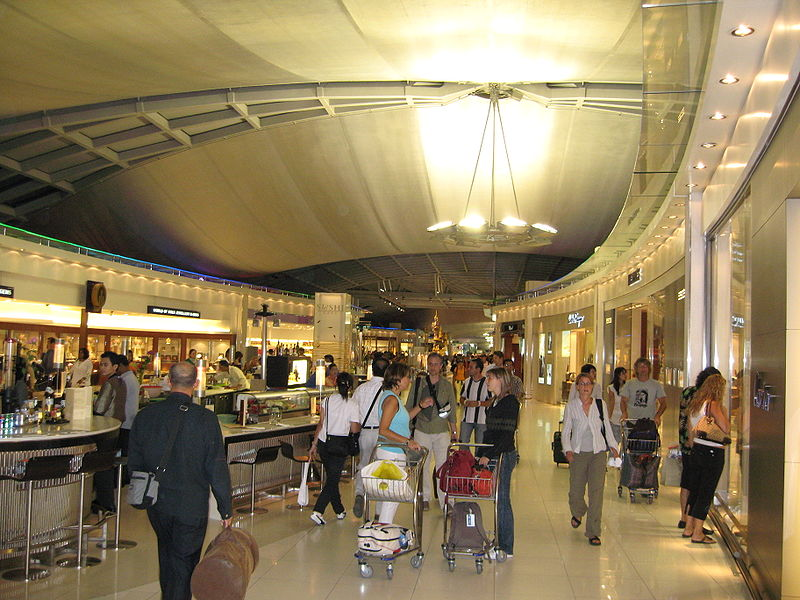 Shopping area at Suvarnabhumi Airport
