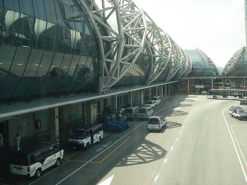 Transport minister to push for 2nd terminal at Suvarnabhumi airport