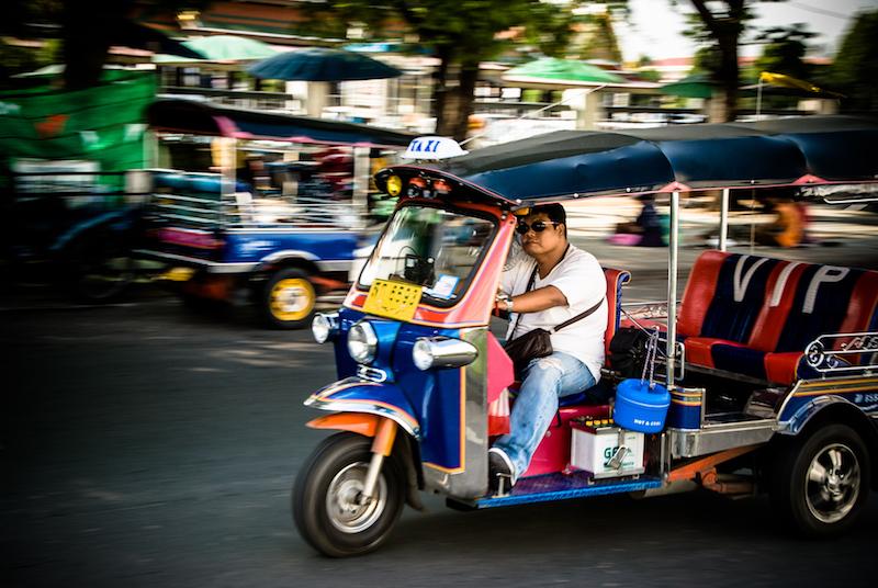 Tuk-tuk driver overcharging Americans apologises 2