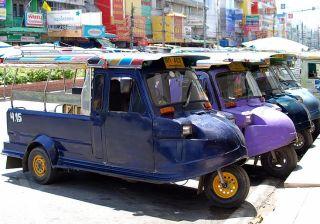 Tuk-tuks in Ayutthaya