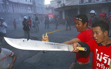 red-shirt-violence-thailand