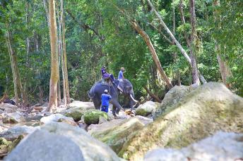 na_muang_waterfall4