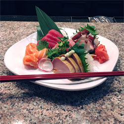 thai-one-on-sushi