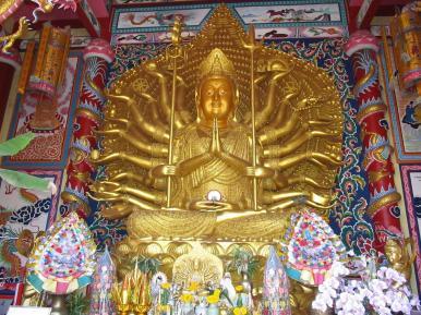 Kuan Yin - Čínský klášter - Wat Muang - Thajsko