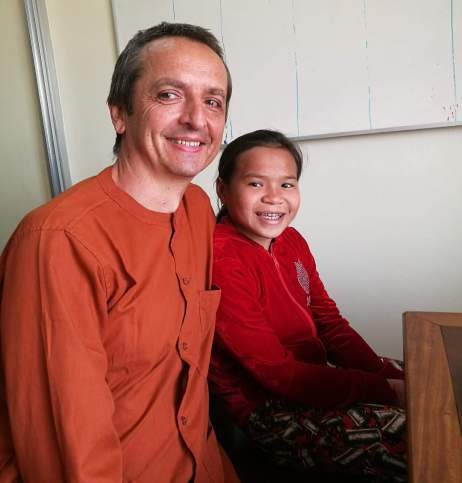 Wendi a Nicol těsně po konfrontaci u vyšetřujícího soudu