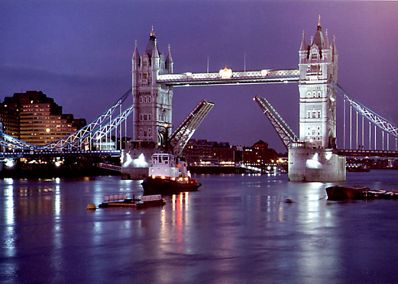Thames Boat Cruises London Party Boats And Private Hire