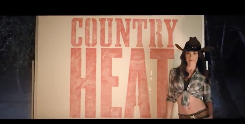 Beachbody & Autumn Calabrese COUNTRY HEAT Dance Workout
