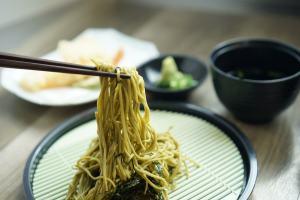japanese food chopsticks noodles