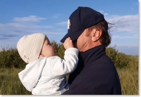 Willi mit Enkel Cornelius
