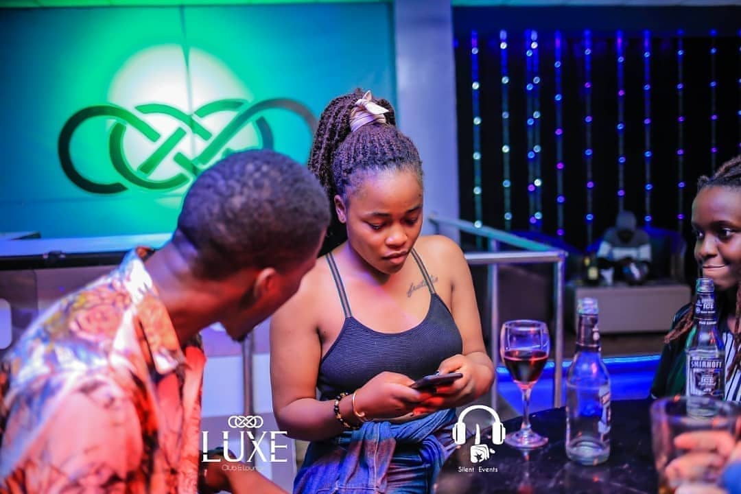 How to Tell if a Girl Likes You Over Whatsapp Text, Girls Find It Hard To Resist Guys With These Five Things, instant ways to bring back the spark in your relationship