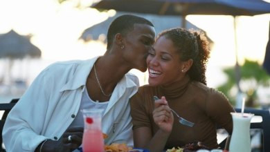 Ladies! These are the 10 things you should never do when you meet a new man