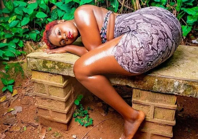 The year is barely 3 days old and slay queens have started pulling their usual stunts (PHOTO)