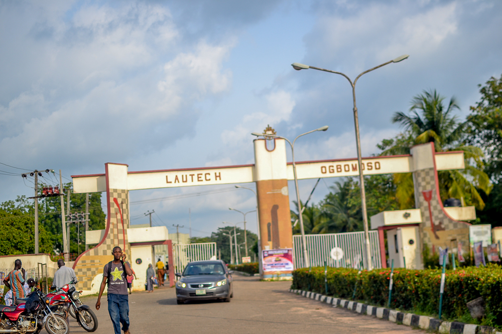 Ladoke Akintola University of Technology lecturers viral se.x tapes hits online.