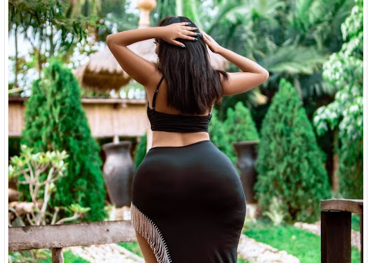 Something juicy for men who love big machines – What more can a man ask for? (PHOTOs)