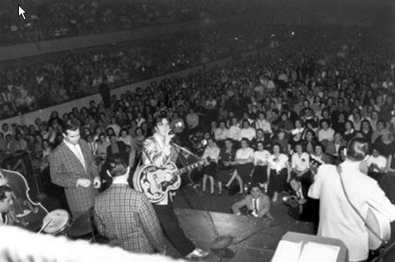 Elvis Presley Live at Memorial Auditorium, Buffalo, NY April 1, 1957 (18)