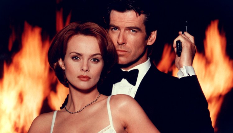 That Moment In 'GoldenEye' (1995): Tanks For The Help | That
