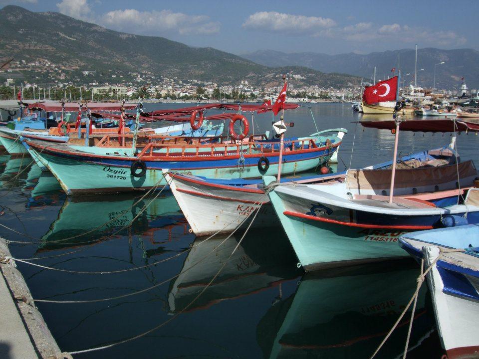 De haven van Alanya, Turkije