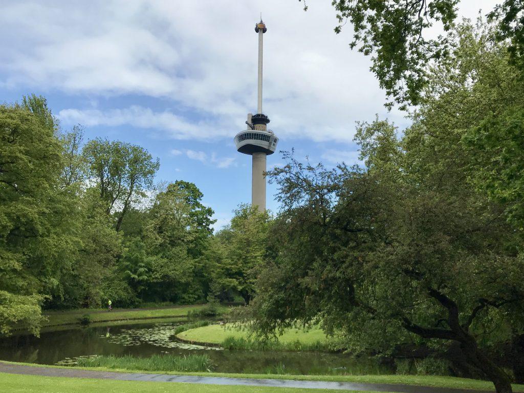 Het park bij de Euromast