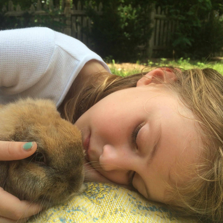 Good Sleep Hygiene for Kids with suggested total hours of sleep