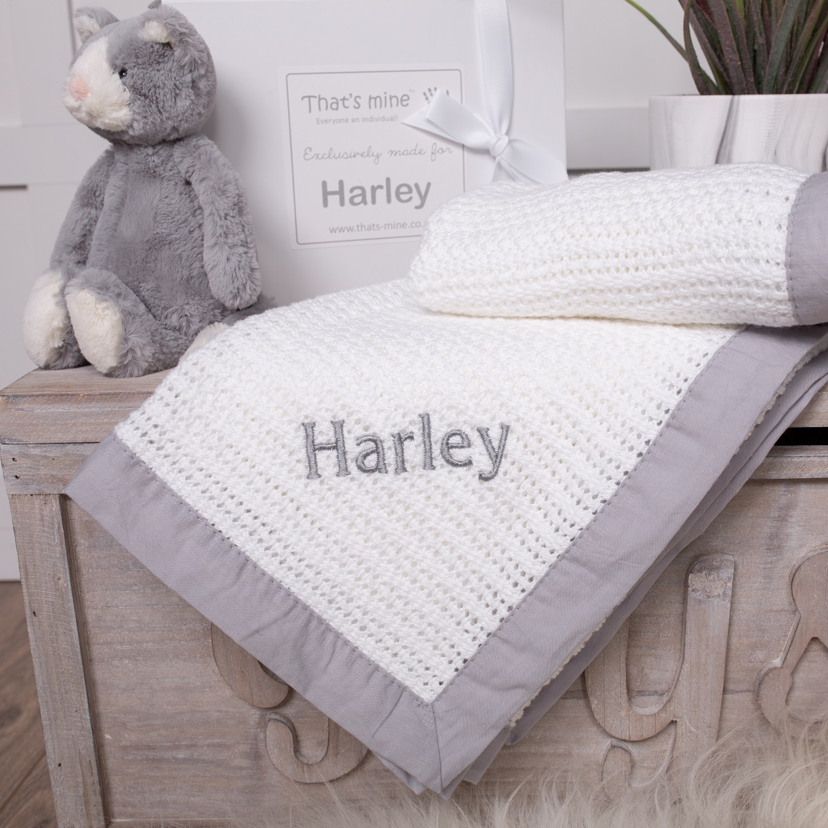 PERSONALISED SUMMER BABY BLANKET PINK BLUE WHITE GREY NAME COTTON SHOWER GIFT
