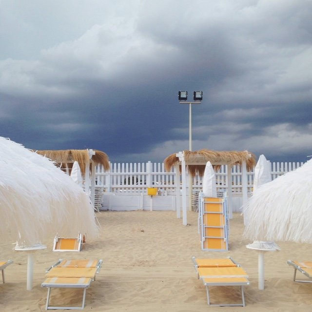 INGRIDESIGN_snapshots from Puglia :: storm aproaching blue sun beach