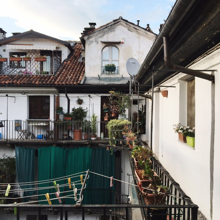 airbnb_torino_italy_outside1