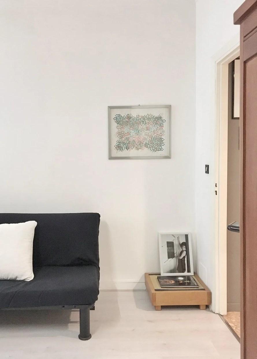 airbnb torino italy interior bedroom closeup 3