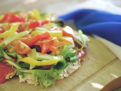 scandinavian breakfast flatbreadpizza recipe peta 1