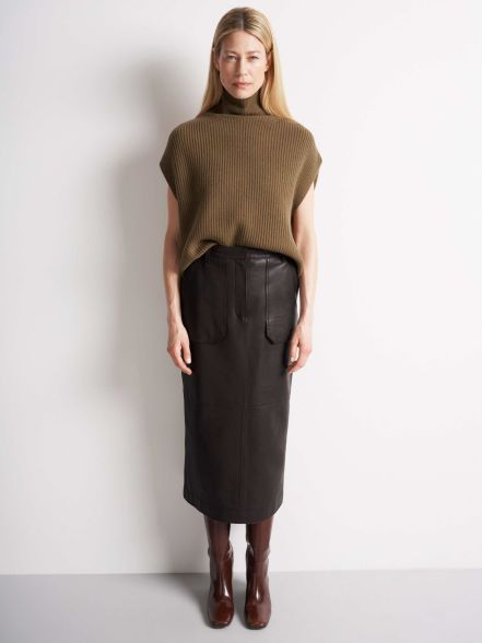 cozy-skirt-scandinavina-style-fashion-autumn-nordic