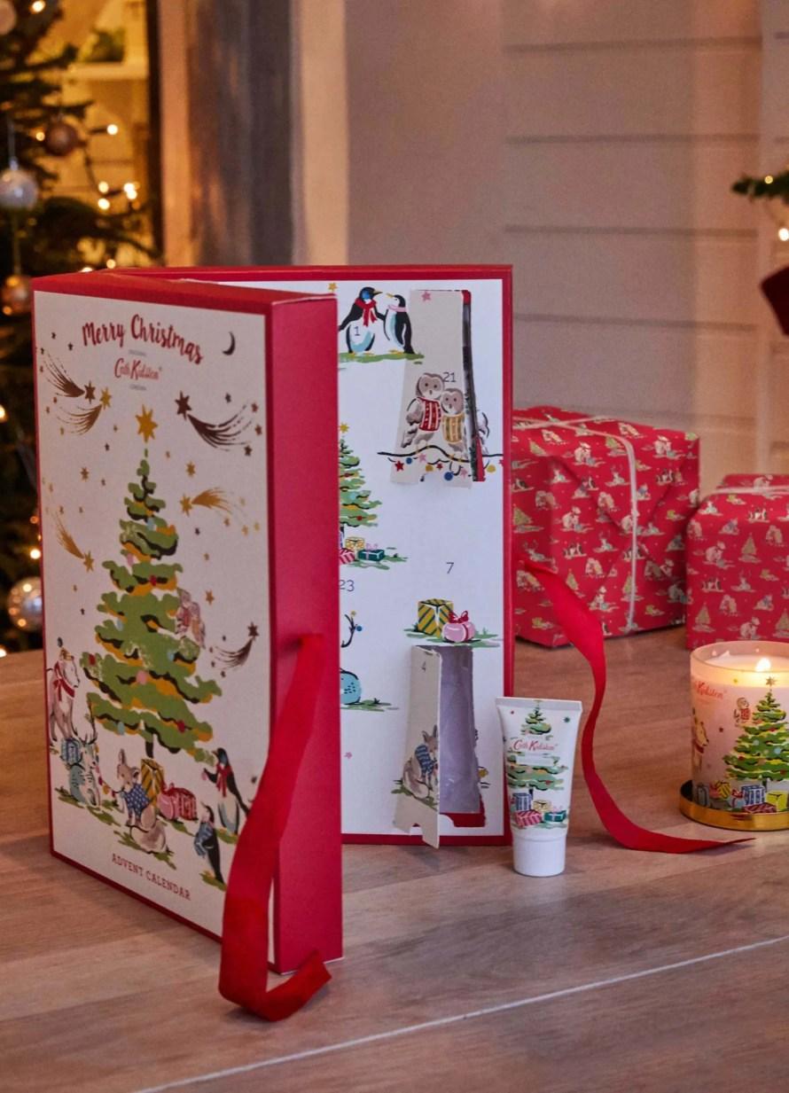 advent-calendar-cozy-hygge-beauty-christmas