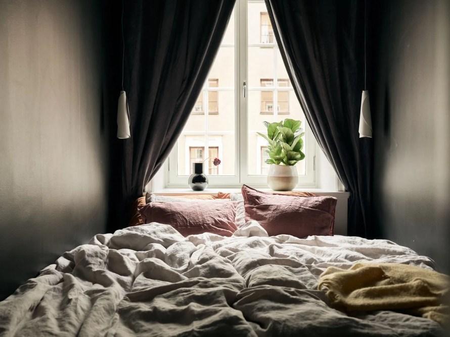 scandinavian feeling bedroom cozy hygge small 2