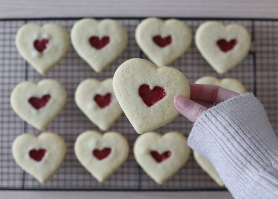 scandinavian feeling valentines heart biscuits