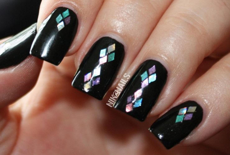 thumbnail_glitter-nails-3