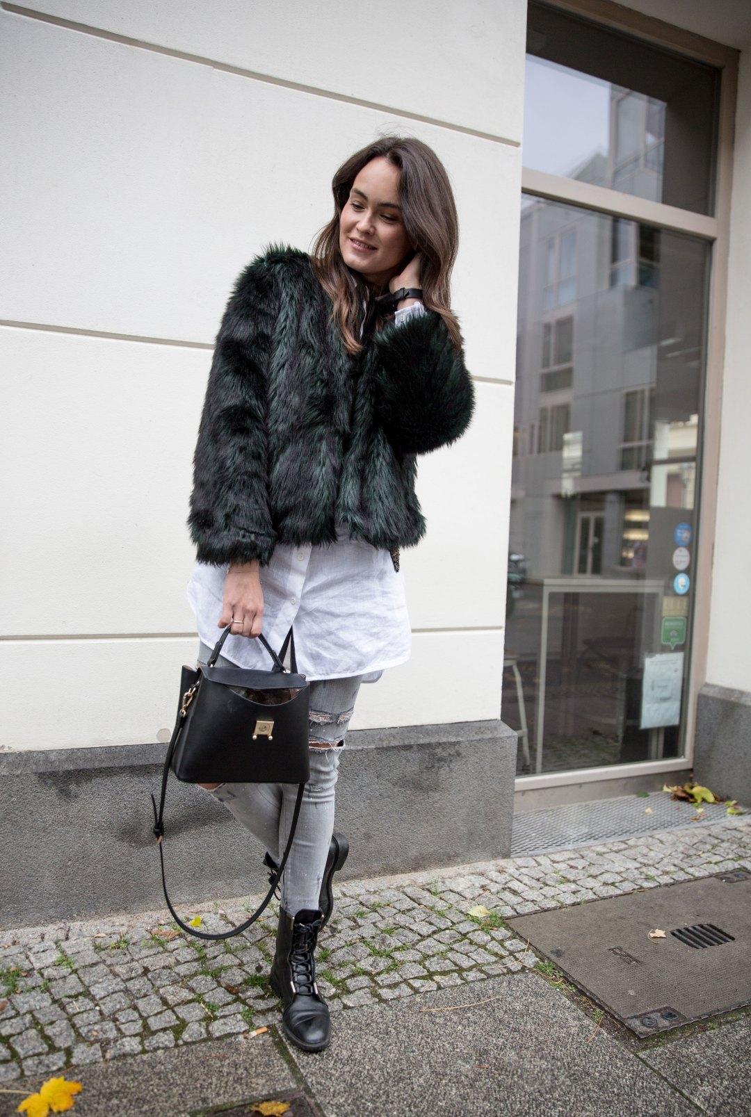 Cozyfur_im_winter_1